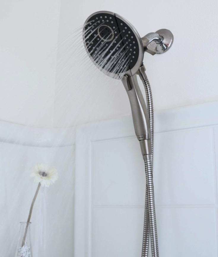 Contrast showers increases energy, keeps you alert, strengths heart, increase circulation and more.